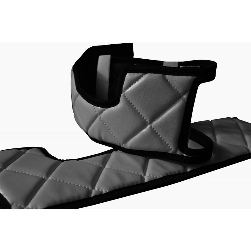Sitzsockelverkleidung in Grau passend für DAF XF 105 ab 2012 / XF 106