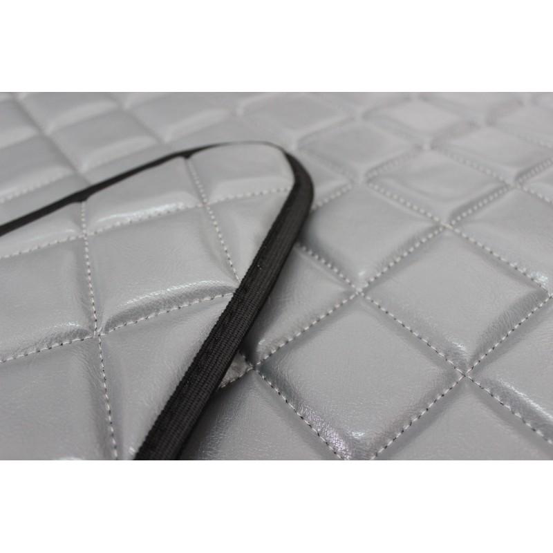 Fußmatten + Tunnelabdeckung aus Kunstleder in Grau passend für Mercedes Actros MP4 2011 - 2018 Automatik Getriebe Schmales Fahrerhaus