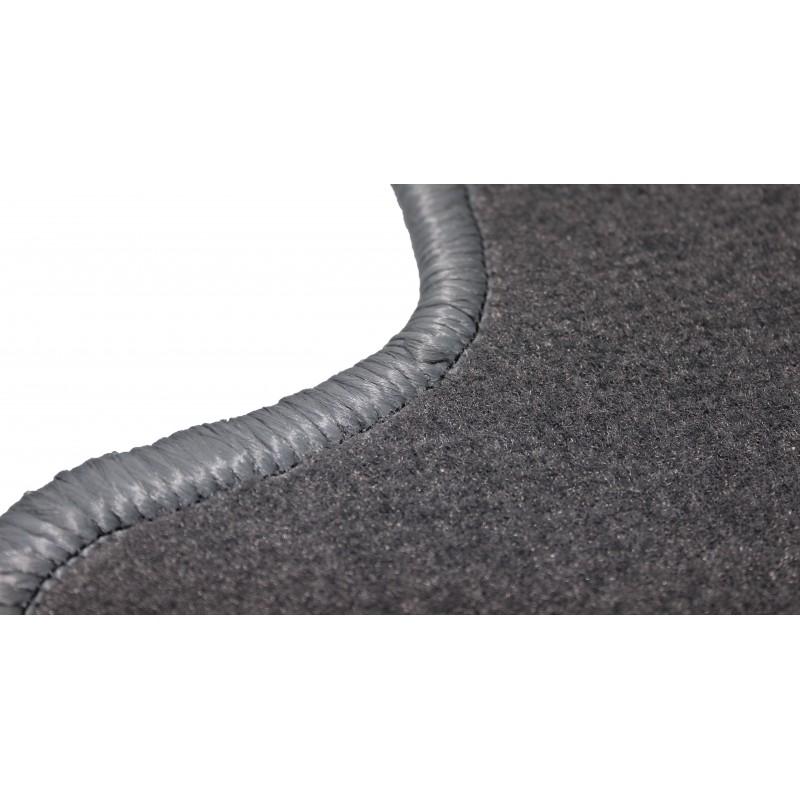 Fußmatten aus Velour in Grau passend für Volvo FH 12 ab 2001